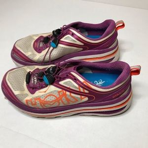 🚨20% off 🚨 Hoka One One athletic shoes.